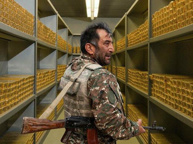 Золотодобывающая компания GeoProMining перевозит в Кяльбяджар оружие и наемников