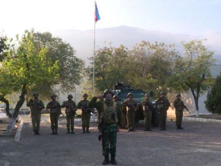 Над освобожденным Агбендом развевается азербайджанский флаг - ВИДЕО