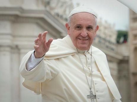 Папа римский Франциск высказался за легализацию однополых союзов