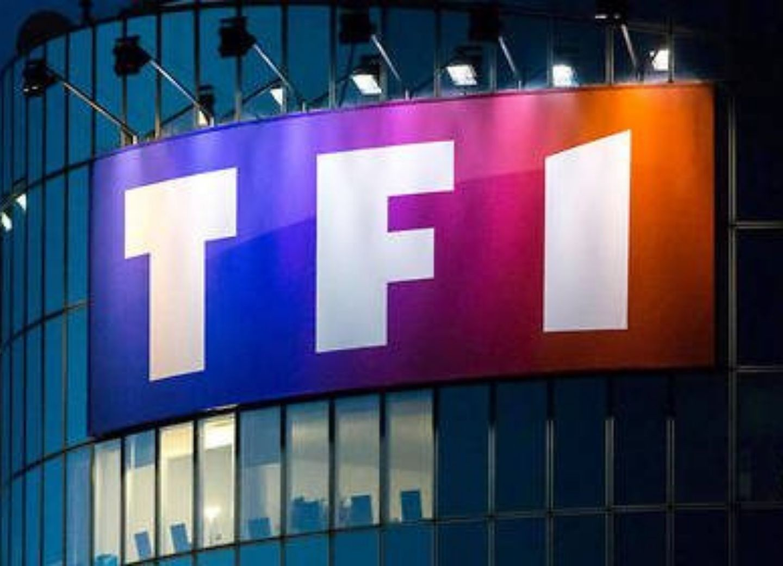 Армянское лобби постаралось: С сайта французского телеканала TF1 удален объективный репортаж с линии фронта в Карабахе