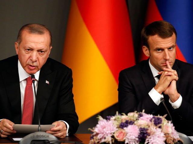 Эрдоган посоветовал президенту Франции Макрону лечить психику