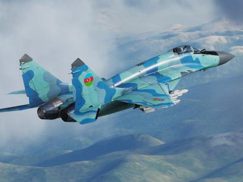 ВВС Азербайджана уничтожили военную технику и инфраструктуру противника