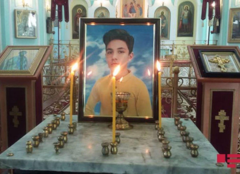 В гянджинской церкви проходит поминальная служба в память погибшего 13-летнего Артура – ФОТО