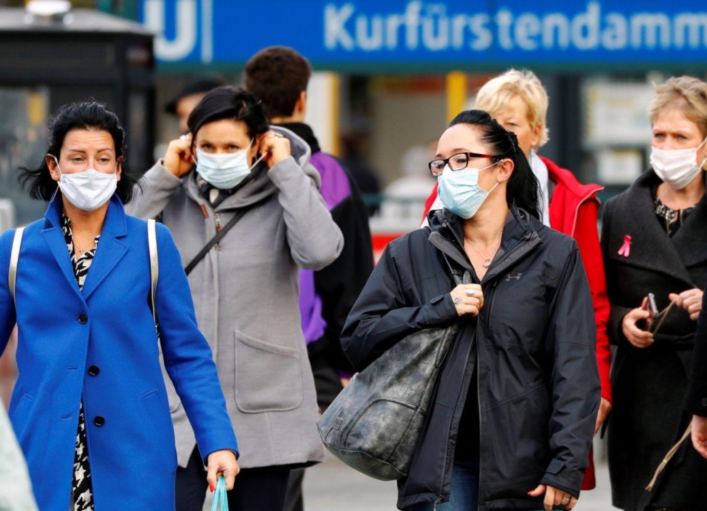 ВОЗ зафиксировала рекордный суточный прирост заболевших COVID-19 в мире