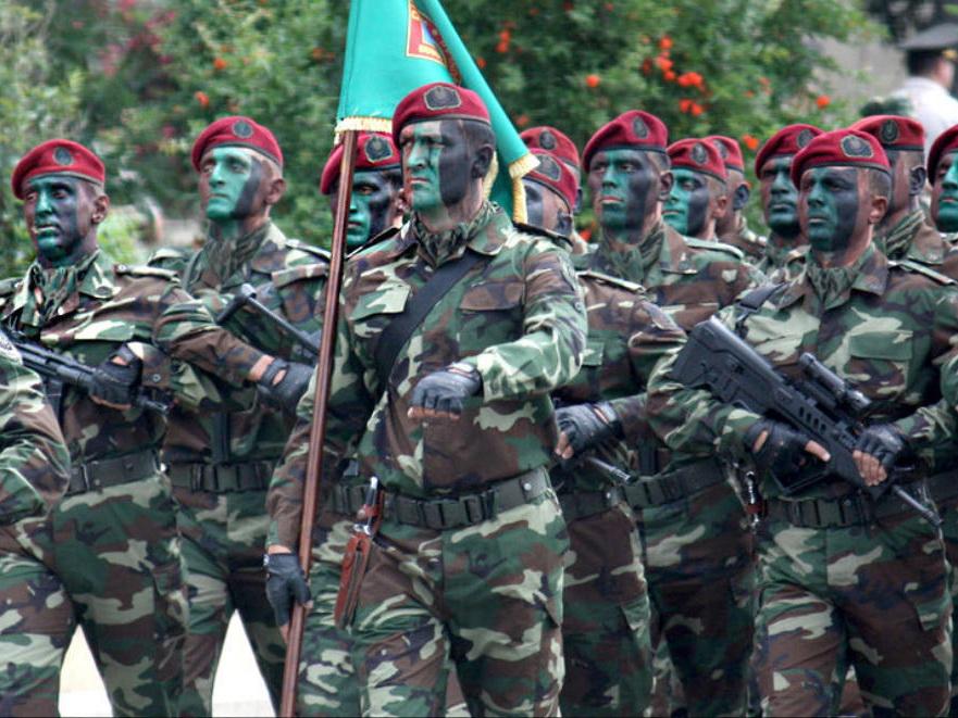 В Азербайджане утверждены новые правила о добровольном зачислении в кадровый офицерский состав