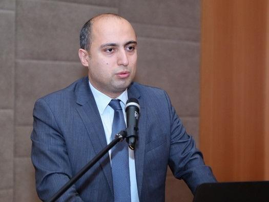 Эмин Амруллаев выразил соболезнование по поводу гибели школьницы в результате армянской атаки - ФОТО