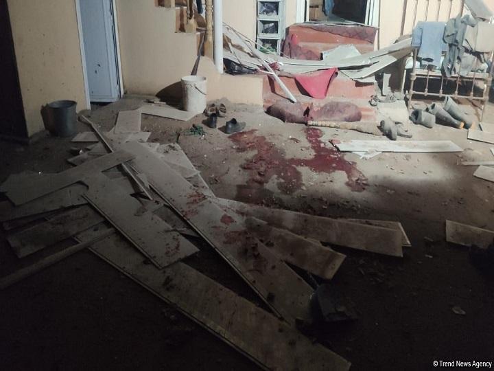 Goranboyda Ermənistanın raket atəşi nəticəsində dağılan evdən görüntülər – FOTO