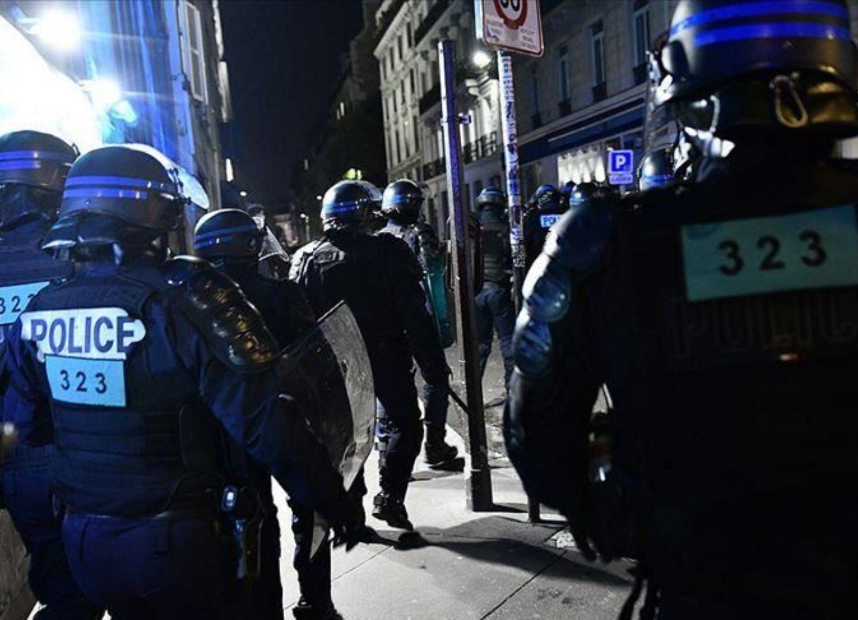 Французская полиция применила силу против осудивших армян турок