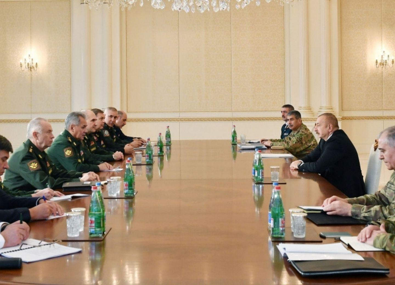 Президент Ильхам Алиев принял делегацию во главе с министром обороны России - ФОТО