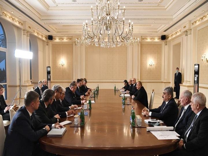 Prezident İlham Əliyev Rusiyanın xarici işlər nazirini qəbul edib – FOTO