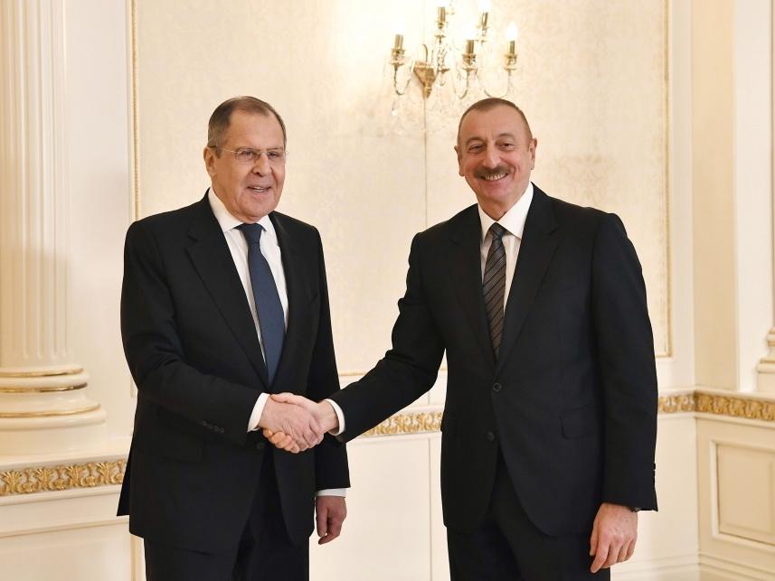 Президент Ильхам Алиев принял министра иностранных дел России Сергея Лаврова - ФОТО