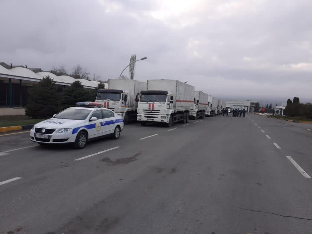 МЧС Азербайджана сопроводило гуманитарный караван, отправленный Россией в Шушу и Ханкенди - ФОТО – ВИДЕО