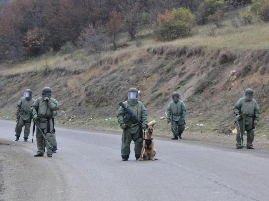 Российские военные продолжают разминирование в Карабахе – ВИДЕО