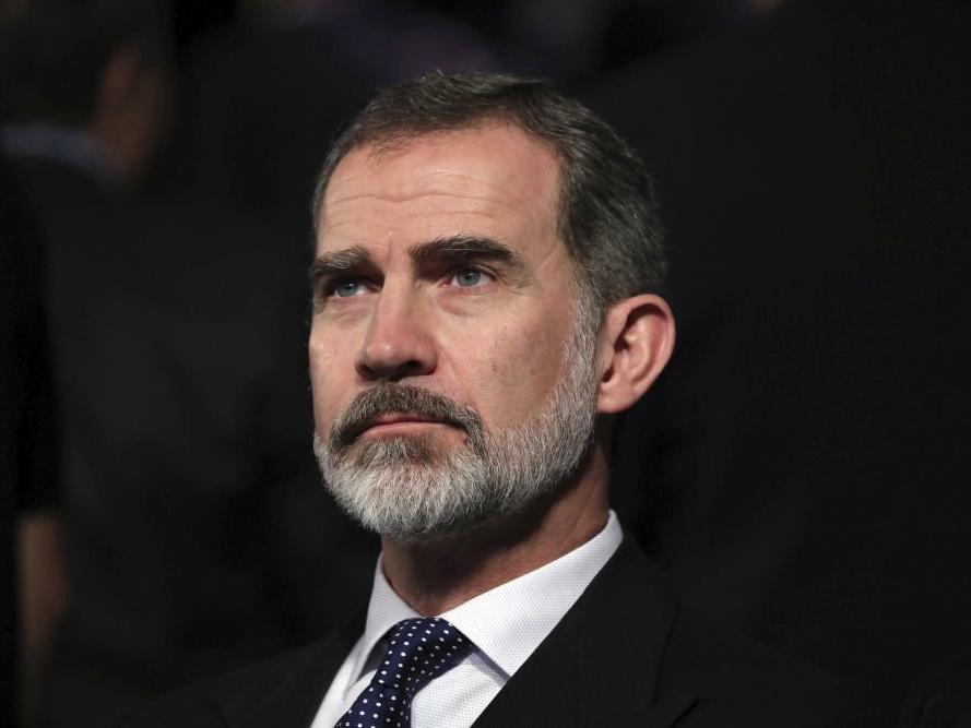 Король Испании ушел на карантин после контакта с заразившимся коронавирусом