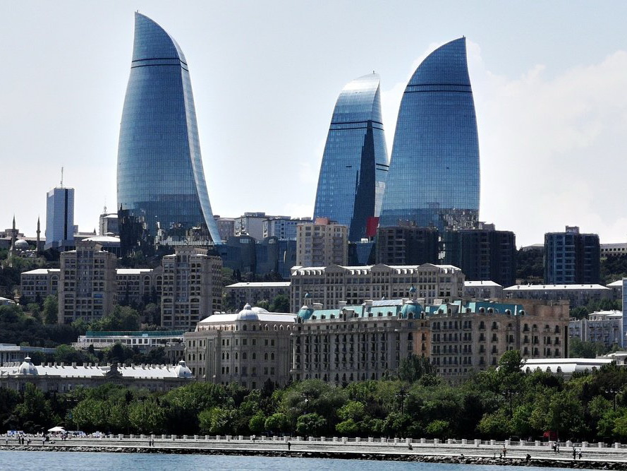 В Баку будут созданы 5 новых транспортных обменных центров