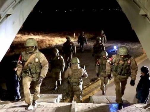 Минобороны РФ: Два самолета Ил-76 с военными медиками вылетели в Нагорный Карабах