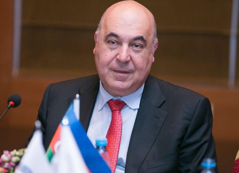 Чингиз Абдуллаев о Франции: «Великая страна превращается в посмешище всего мира»