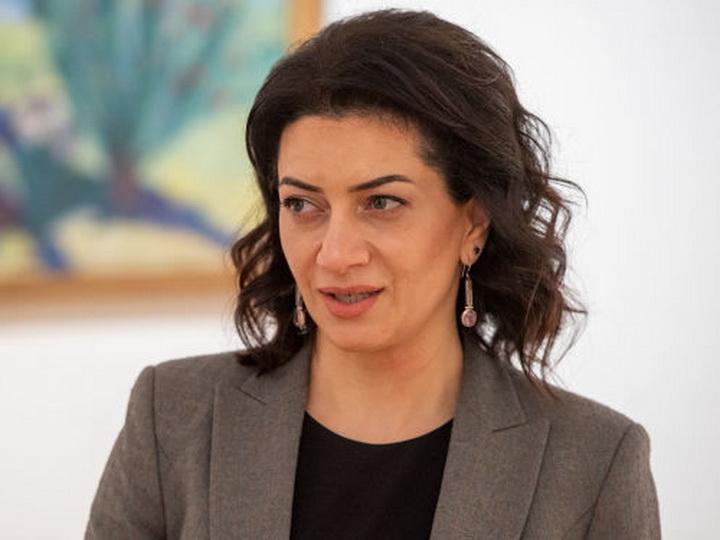 «Верни мои драгоценности»: скандальная запись под постом Анны Акопян от ее экс-парикмахера