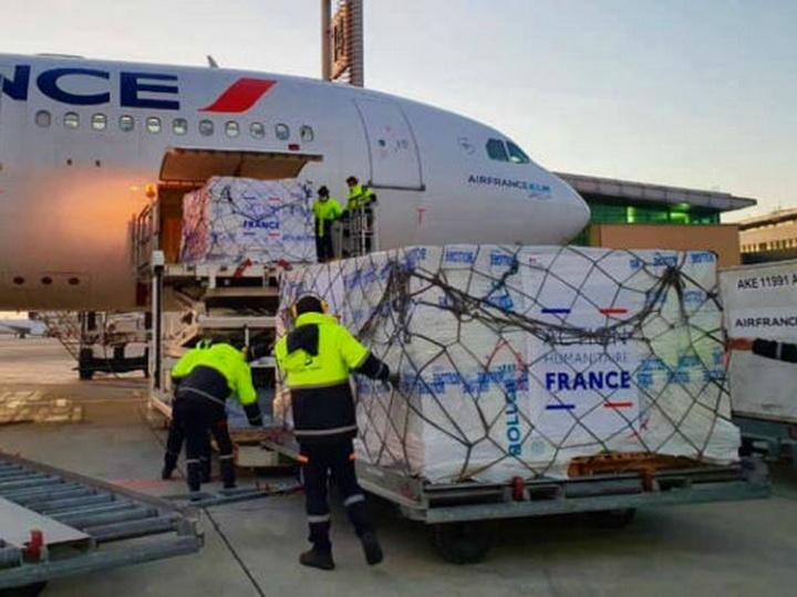 Второй самолет с гуманитарным грузом прибыл из Парижа в Ереван