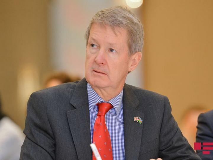 Британский посол: Создание Азербайджанского инвестиционного холдинга заслуживает одобрения