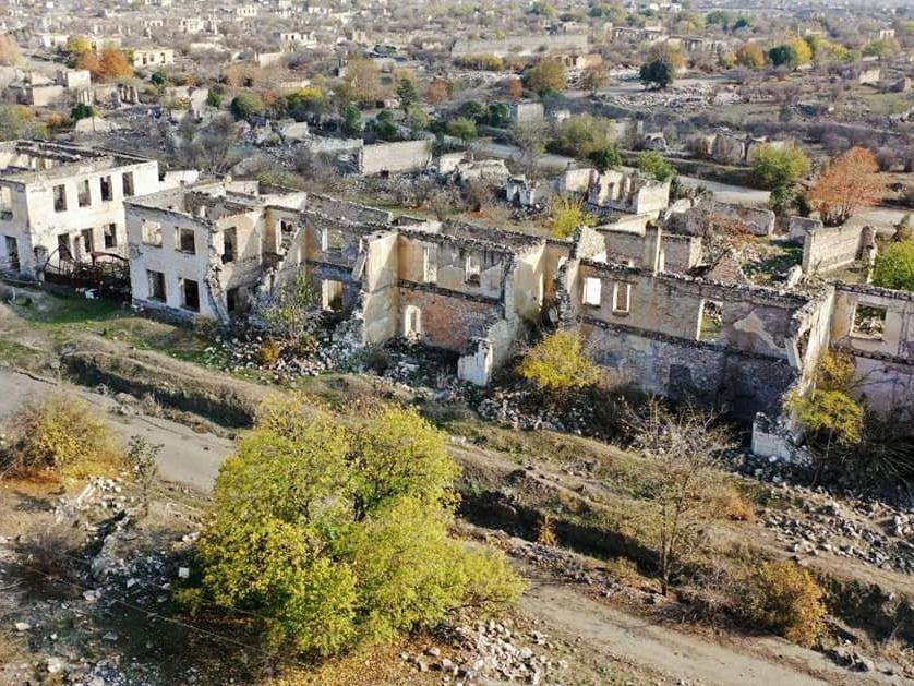 Новые кадры освобожденного Агдама с высоты птичьего полета – ФОТО