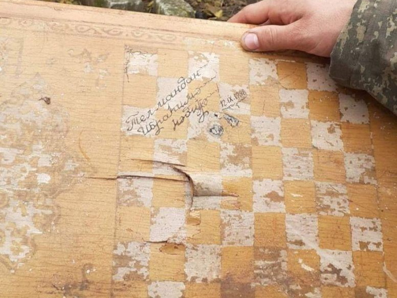 Трогательная находка в освобожденной Шуше: нарды с надписью: «Ибрагиму от Тельмана в подарок» - ФОТО