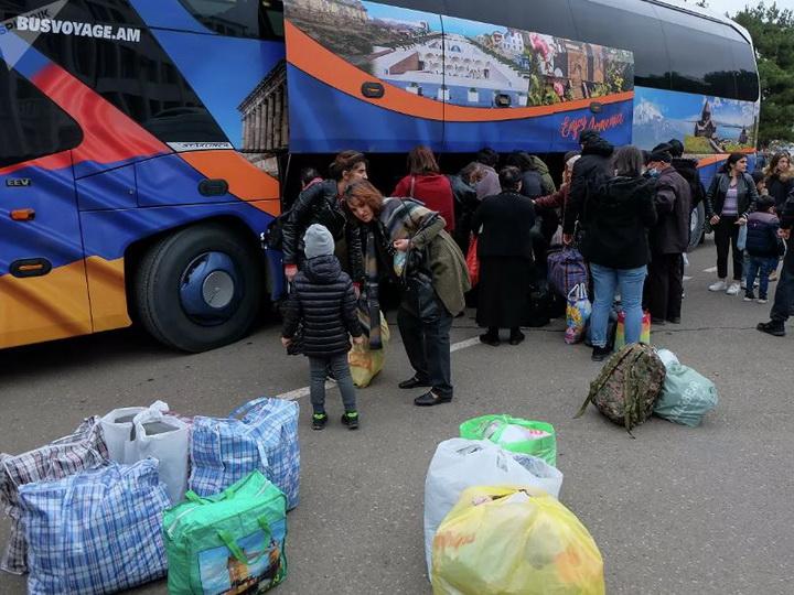 «Мерзкие мрази»: ереванские армяне выражают недовольство в адрес карабахских армян - ФОТО - ВИДЕО