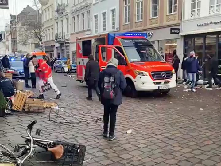Наезд на пешеходов в Трире совершил местный житель - ОБНОВЛЕНО