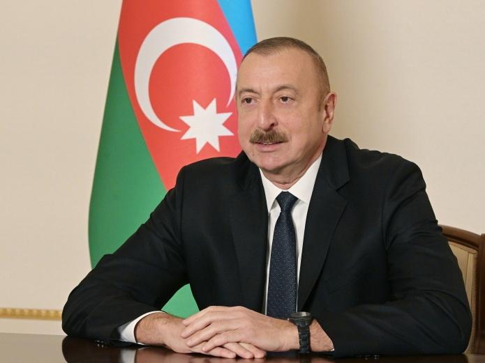 Президент Азербайджана предложил Франции передать Марсель армянам