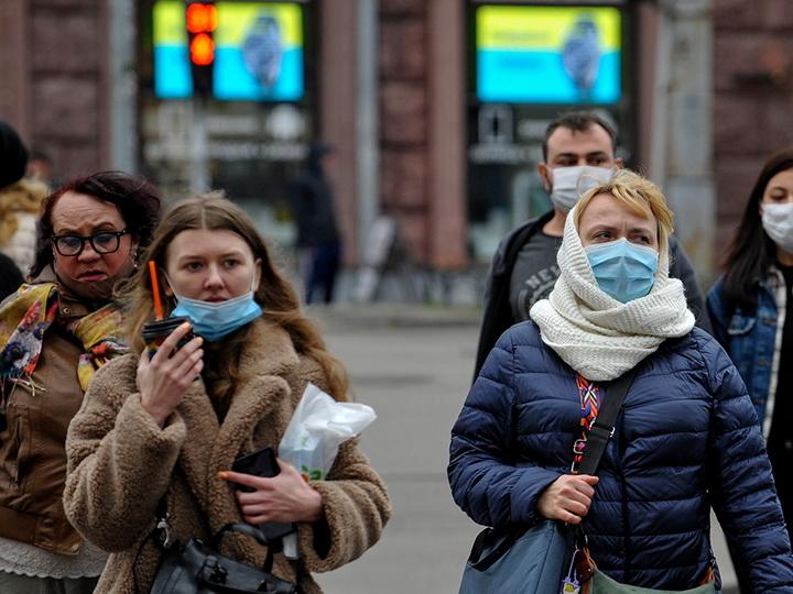 Украина готовится ввести жесткий локдаун из-за COVID-19
