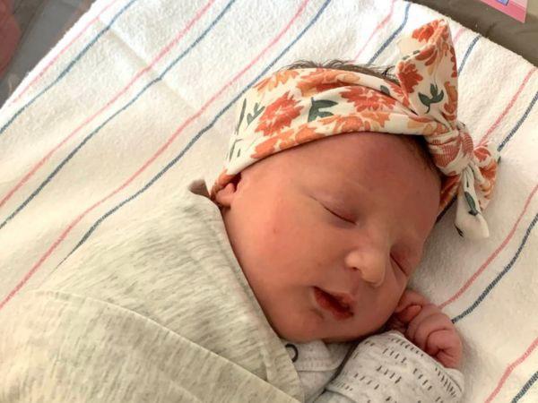Замороженные эмбрионы: в США родилась девочка, ожидавшая рождения 27 лет