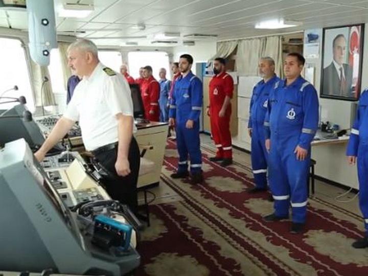 Азербайджанские моряки почтили память шехидов Отечественной войны – ФОТО - ВИДЕО