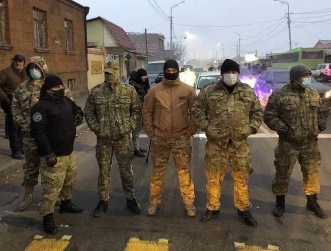 Paşinyan ermənilərdən qaçıb Moskvaya getdi - VİDEO