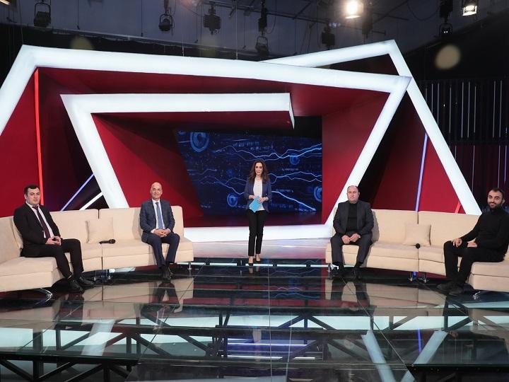 """""""Medianın yeni islahatlar paketi"""" - """"Çıxışa doğru""""da MÜZAKİRƏ – FOTO – VİDEO"""