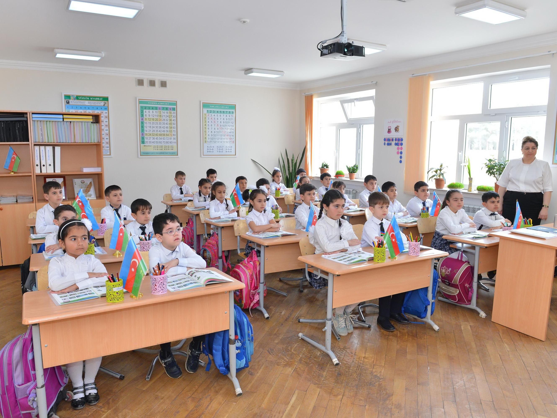 Школы и университеты в Азербайджане откроются 27 февраля? Отвечает Минобразования