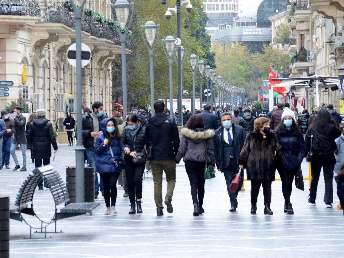Названо число проживающих в Азербайджане иностранцев