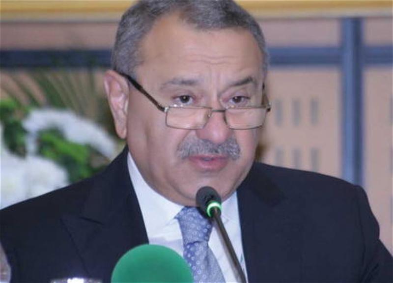 Ильхам Алиев освободил от должности Тофига Гахраманова