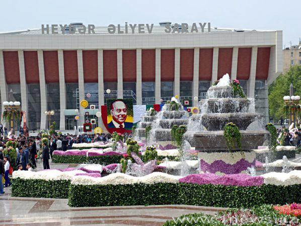 http://www.1news.az/images/articles/2010/05/10/1965663000449.jpg