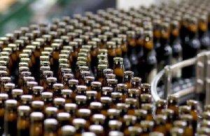 ...на оптовую торговлю алкогольными напитками, табачными изделиями...