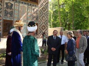 знакомства страна азербайджан город шеки