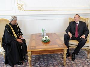 Президент Ильхам Алиев принял верительные грамоты новоназначенного посла Султаната Оман в Азербайджане