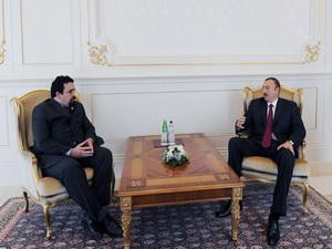 Президент Ильхам Алиев принял верительные грамоты новоназначенного посла Венесуэлы в Азербайджане