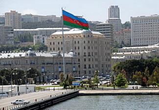 В Баку проходит акция «500 уборок в один день»