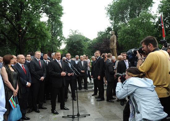 Ильхам Алиев принял участие в церемонии открытия парка Ташмайдан в Белграде - ФОТО