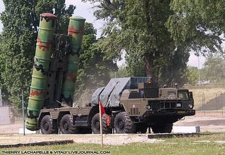 На военном параде в Баку будет продемонстрирован зенитно-ракетный комплекс «C-300»