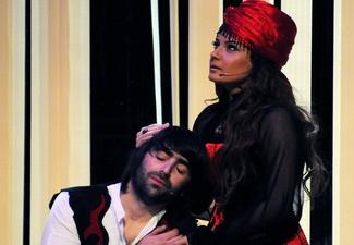 В Баку состоялась премьера первого азербайджанского мюзикла в стиле хип-хоп «Лейли и Меджнун» - ФОТО