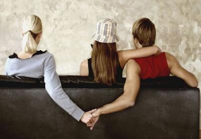 Домашний психолог: Почему мужчина, испытывая чувства к  жене, изменяет ей?
