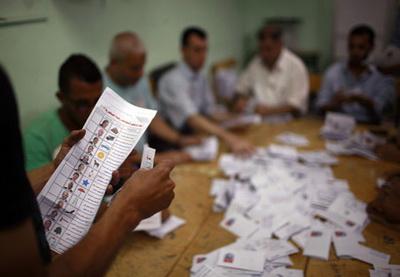 Точка зрения: Президентские выборы в стране пирамид завершились «по-братски»