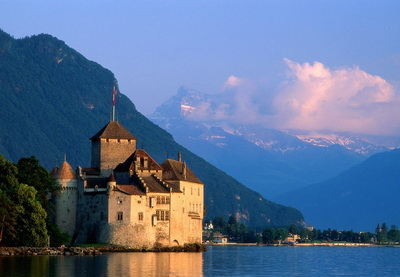 Джазовый фестиваль «Монтре», плов-себзи и азербайджанский триколор на швейцарском ветру…