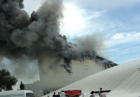 Пожар не помешал деятельности Центра Гейдара Алиева – Директор Центра